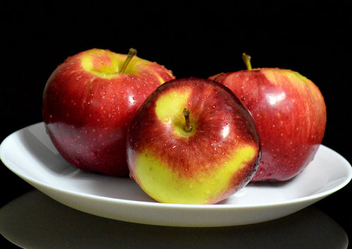 Яблоко (или груша): 86 ккал