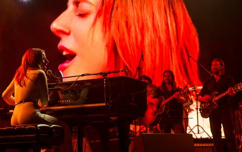 Леди Гага, Красная дорожка