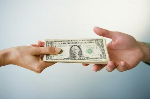 Как научиться просить обратно одолженные деньги
