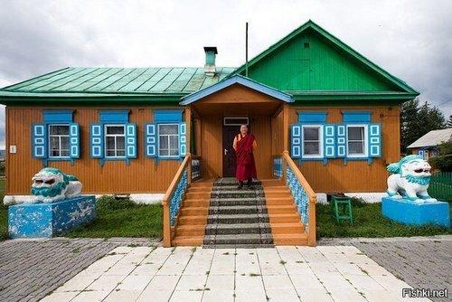 А так выглядит дом главного буддиста России
