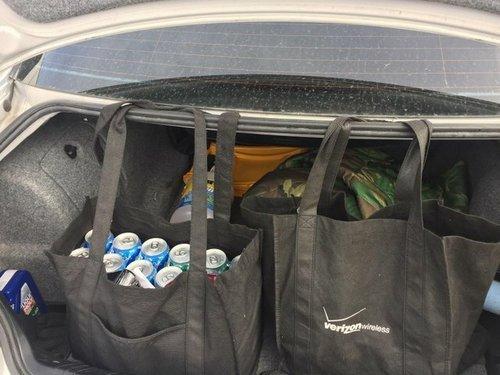 16. Помогает продуктам не падать и не кататься по багажнику Лайфхак, жизненно, интересно, полезно, фото, хитрости
