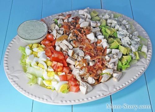 Американский кобб салат
