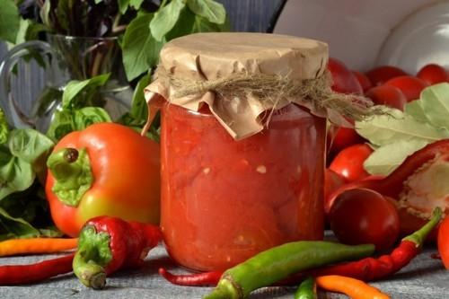 Помидоры в собственном соку с болгарским перцем на зиму