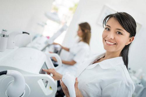Как отличить хорошего косметолога от непрофессионала?