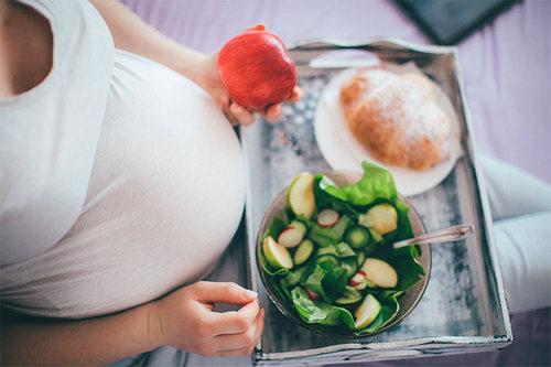Питание во время беременности, от чего стоит отказаться