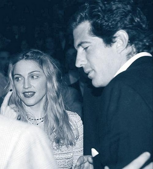 Мадонна и Джон Кеннеди-младший