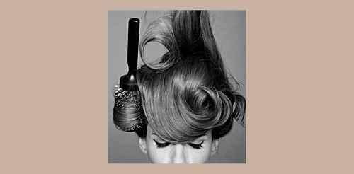 Не пушатся и не электризуются: 8 средств для волос с эффектом антистатика